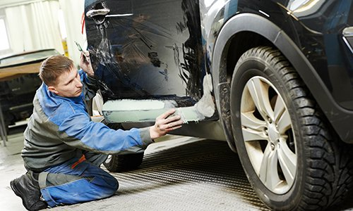 Expert in car paint and dent removal in Lincoln, NE