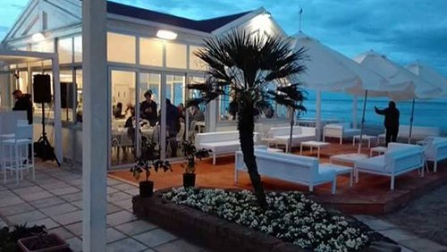 ristorante fronte mare