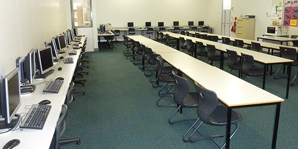 australian compliance test and tag class room with system