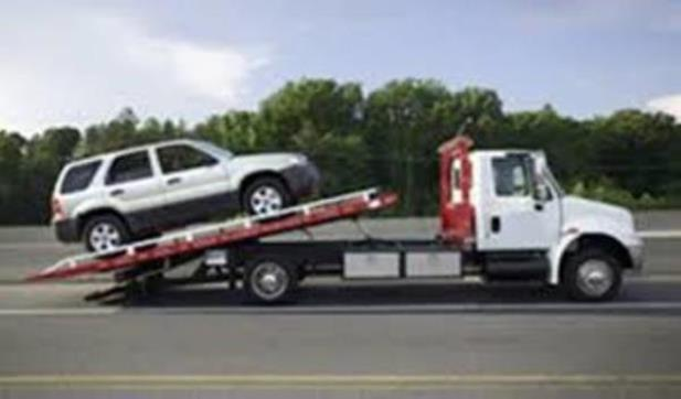 Towing service in Bolivar, MO