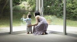 controllo totale, mamma e figlio, futuro