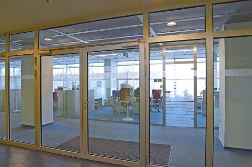 Porte d'entrée en verre coupe-feu