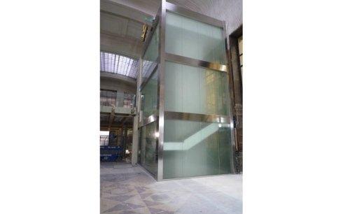 realizzazione ascensori in vetro per alberghi