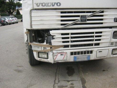 Camion prima della riparazione