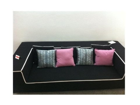 divano Berloni nero