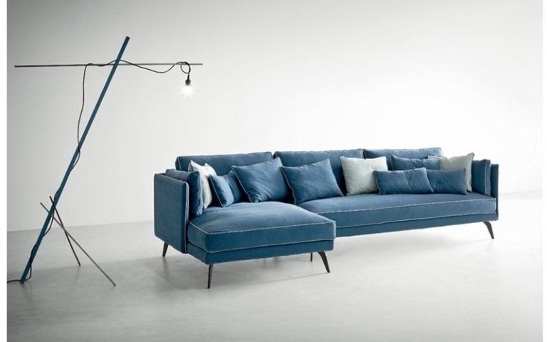 divano tessuto blu