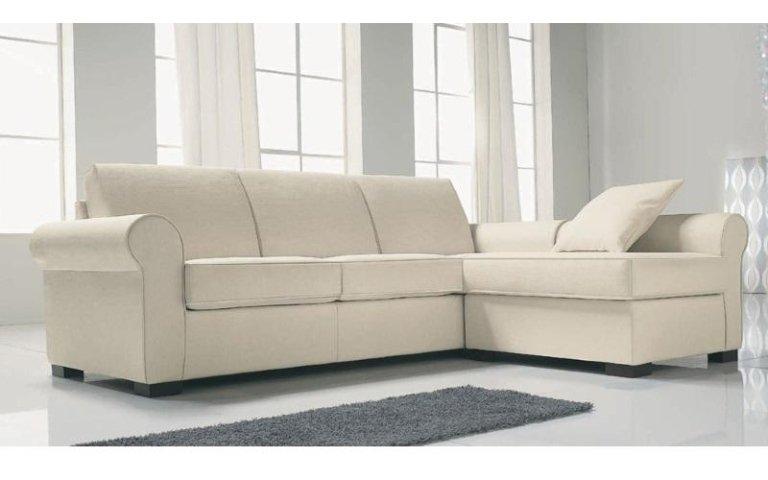 divano tessuto chiaro