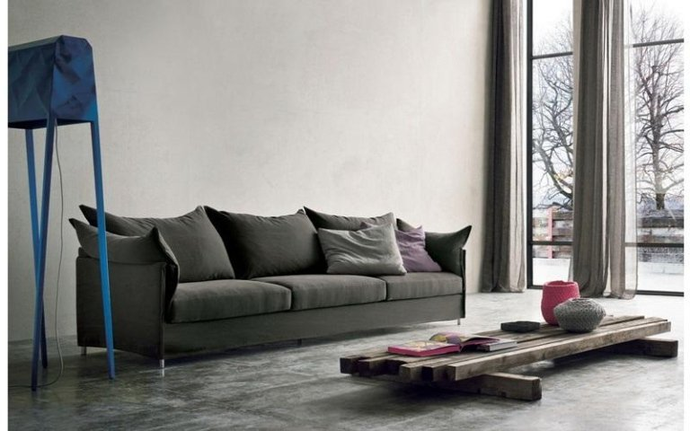 divano tessuto marrone