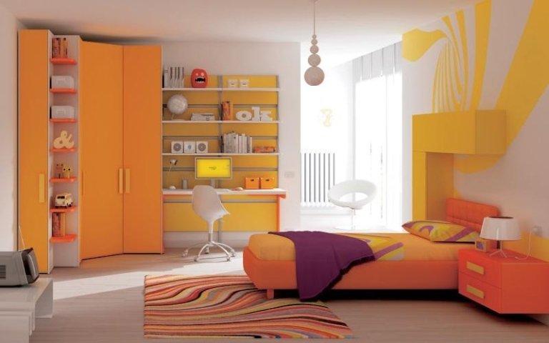 camera bambini arancio