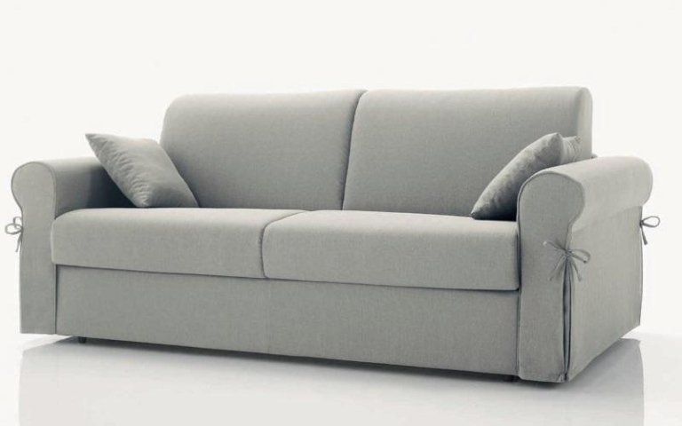 divano tessuto grigio