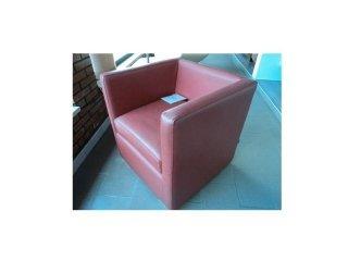 poltrona rosa Berloni