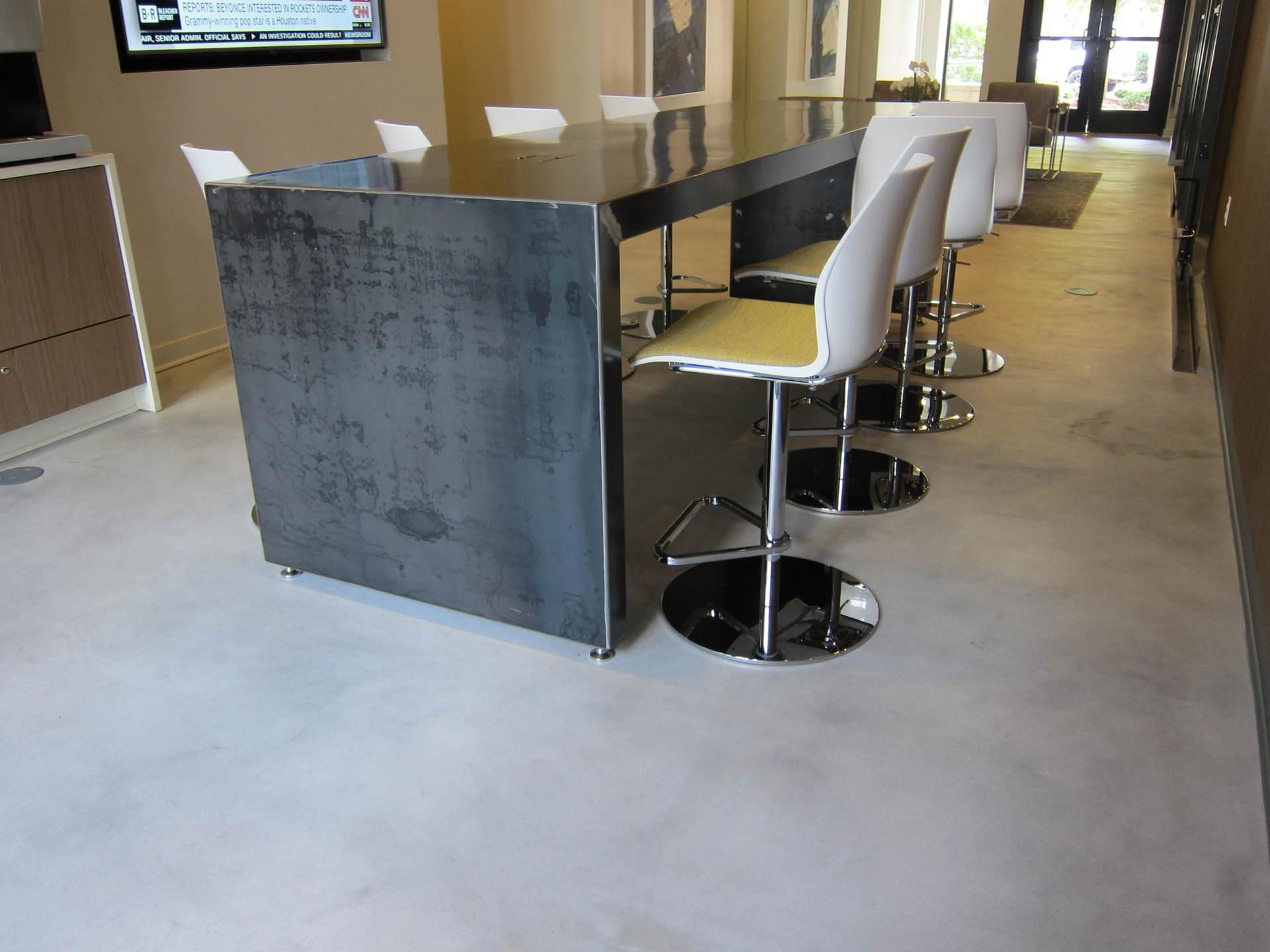 Cementitious overlay flooring