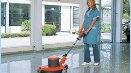 pulizia grandi superfici, pulizia pavimenti