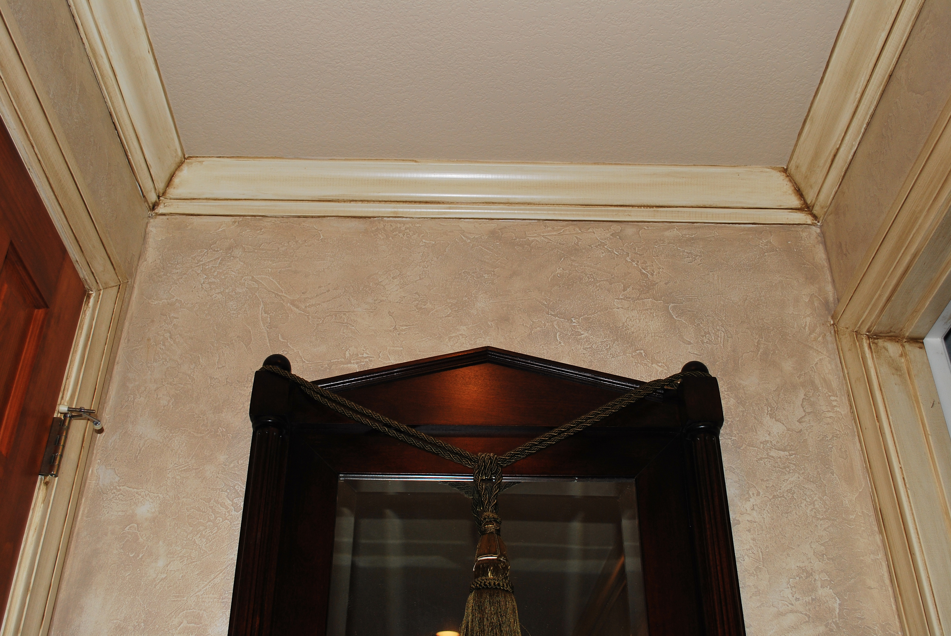 textured walls, faux finishing, faux painting, decorative finishes, Venetian plaster, antique trim