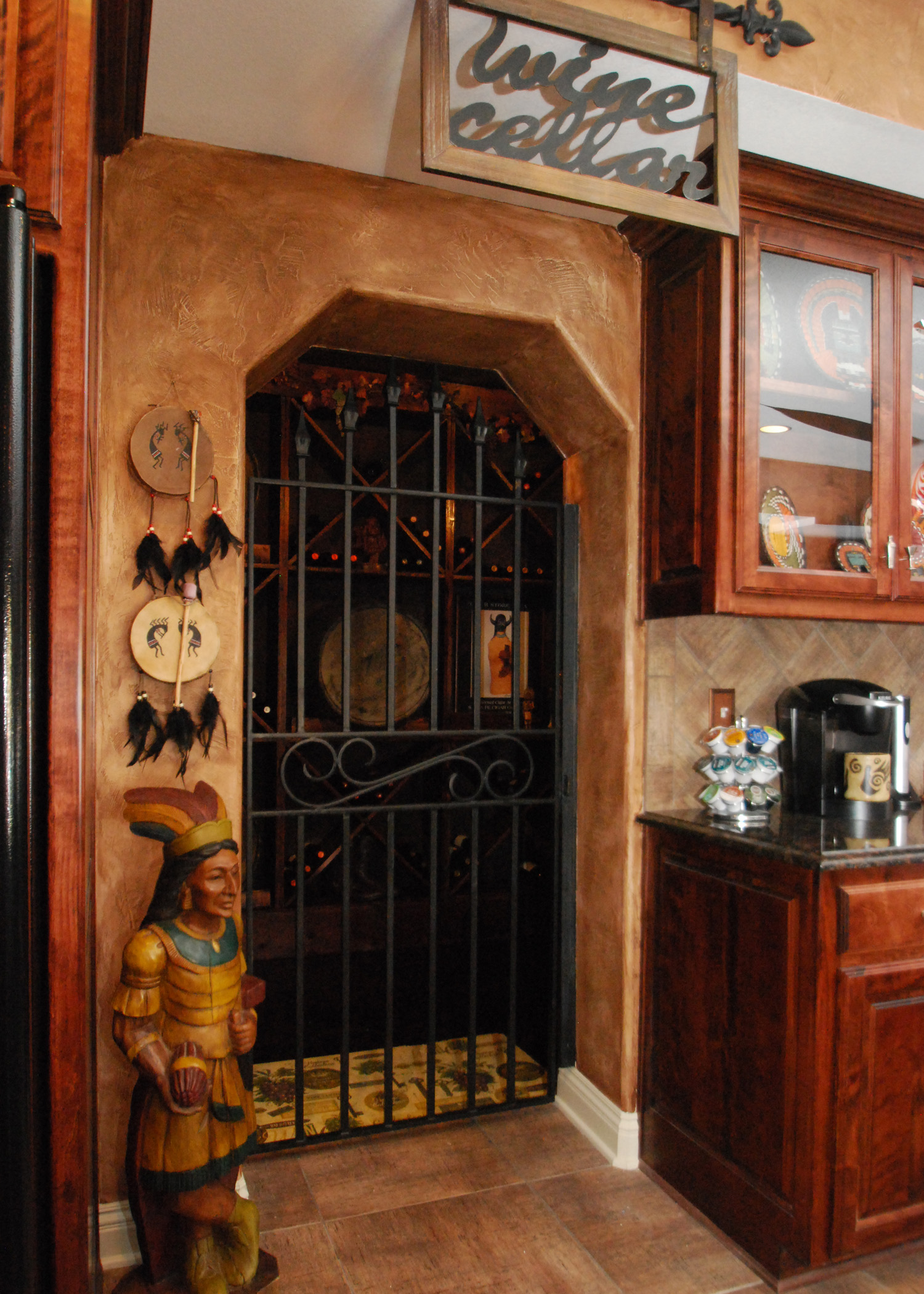 textured walls, faux finishing, faux painting, decorative finishes, southwest