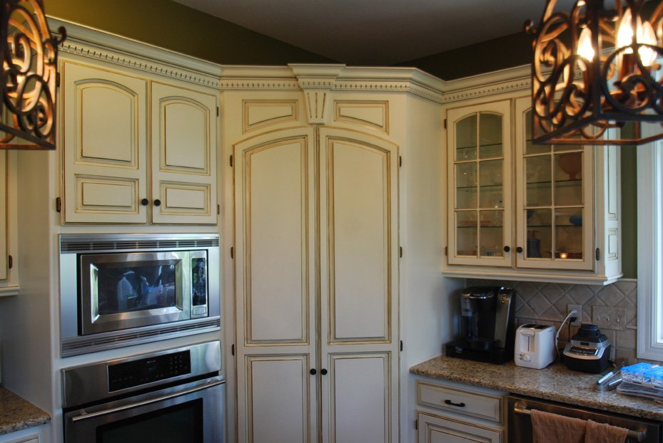 Painted cabinets, glazed cabinets