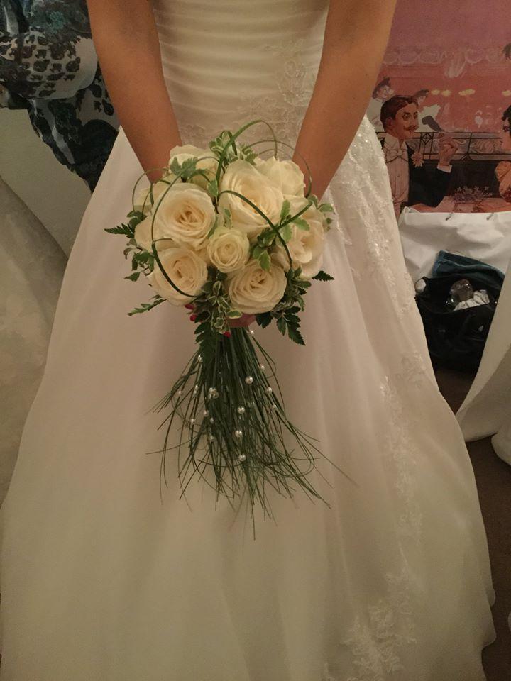 Sposa con fiori a Palermo