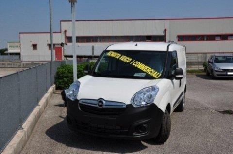 vendita veicoli commerciali