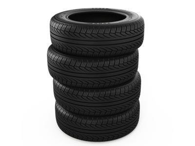 pila di pneumatici