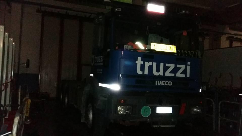 camion TRUZZI marca IVECO