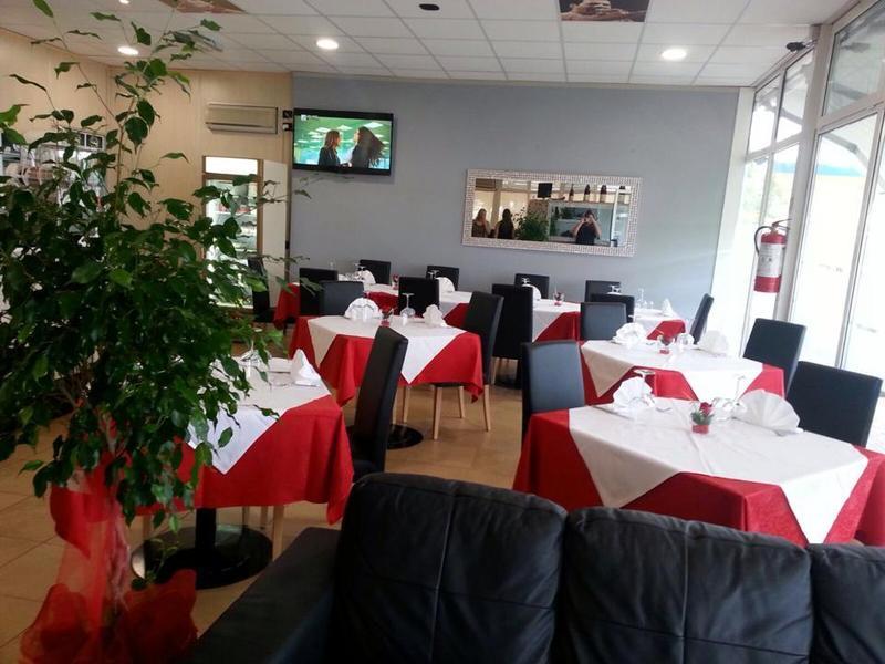 tavoli in ristorante