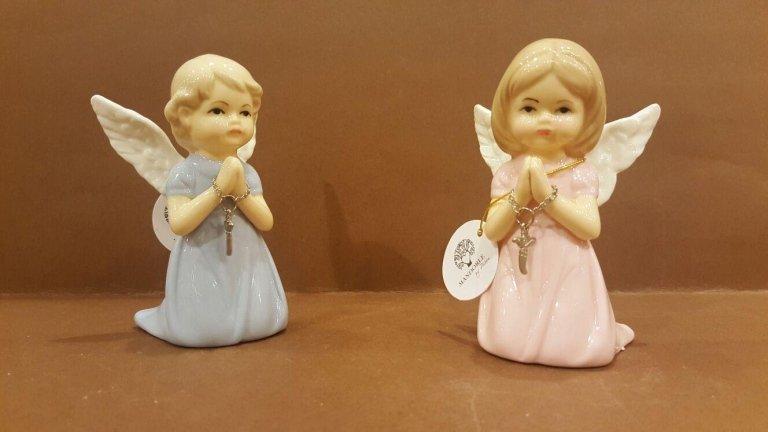 Angeli porcellana in preghiera