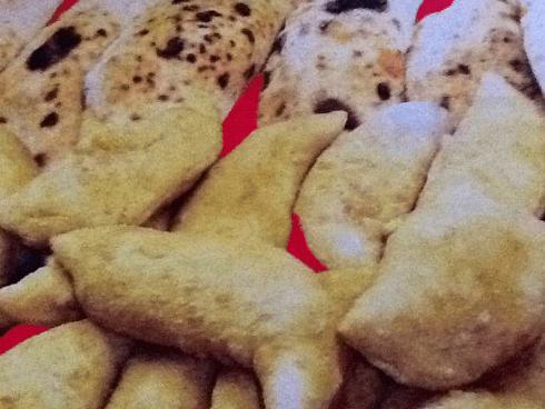 panzerotti al forno con mozzarella e   prosciutto