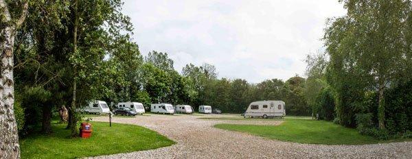 Holiday cottages caravan park near scarborough with pool for Caravan sites in scarborough with swimming pool