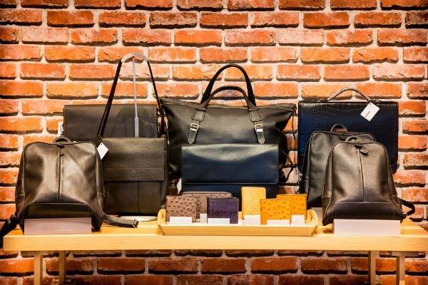 Borsette, borse e portafogli di pelle per signora