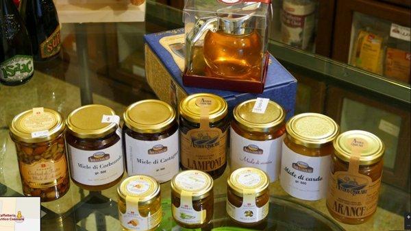 barattoli di miele e marmellata