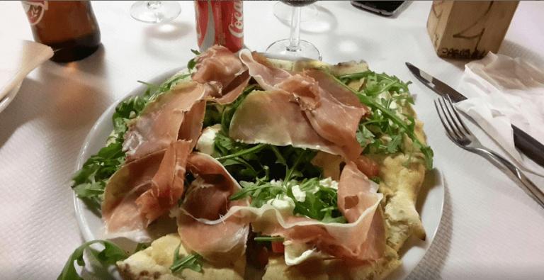 pizza con crudo pregiato