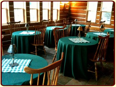 Plenty of Seating and Dining at The Davies Family Inn