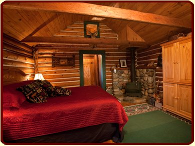 Betty's Cabin with a King Bed at ShadowRidge Ranch