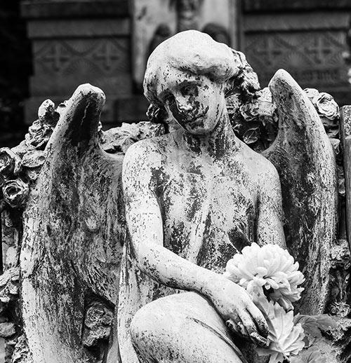 statua funebre a Olbia