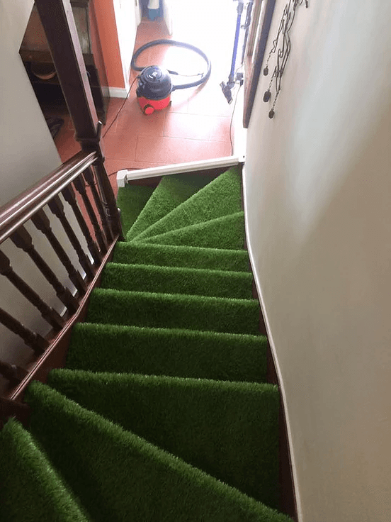 artificial grass carpet for stairs