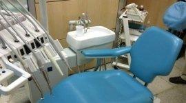sedile regolabile, postazione dentistica, trapani odontoiatrici