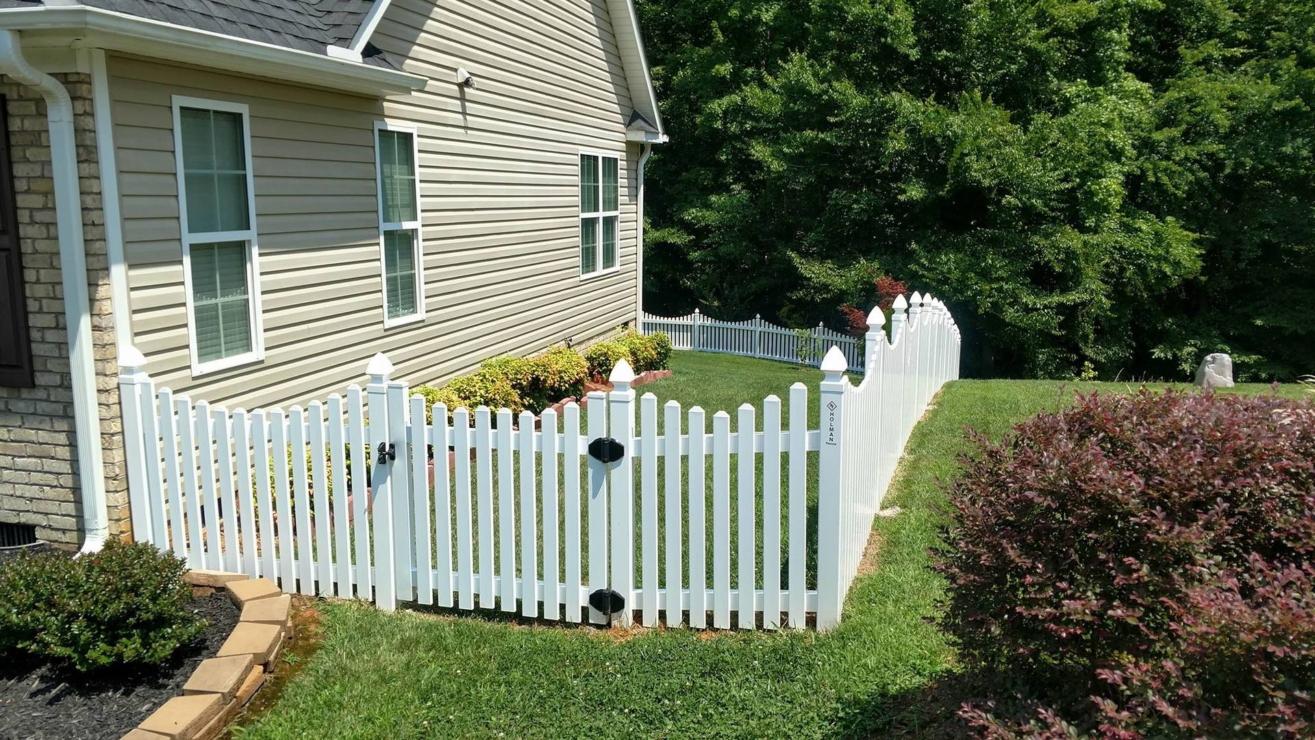 low maintenance pvc fence