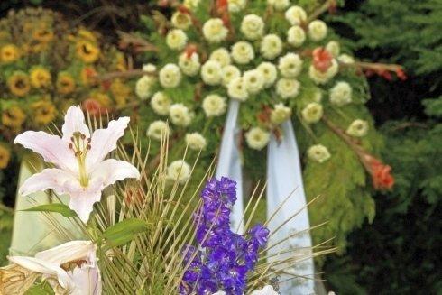 fiori e addobbi floreali funebri