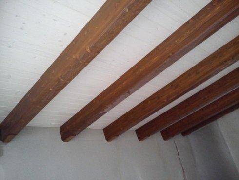 Travi in legno rustico