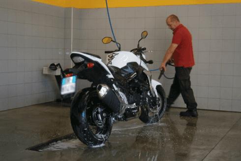 Pulizia delle moto