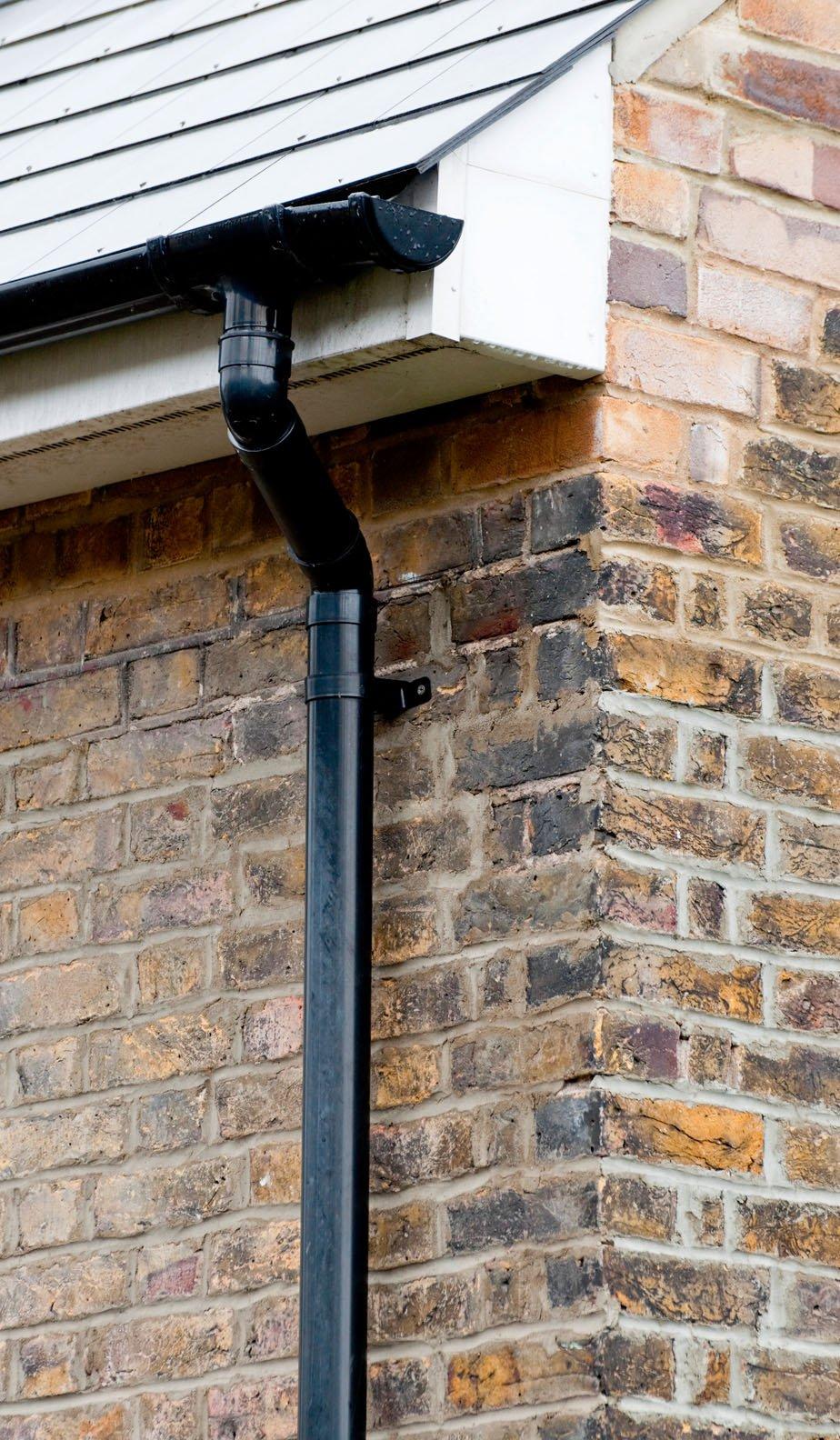 fascias and soffits fitting