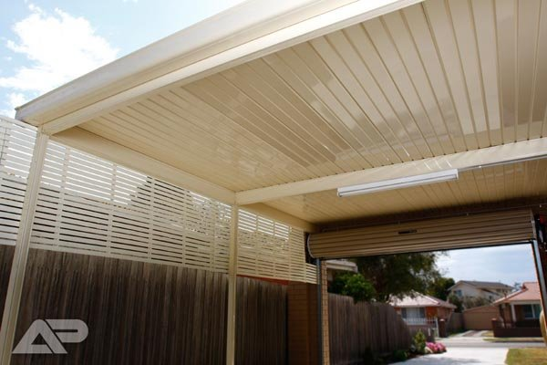 white slat carport