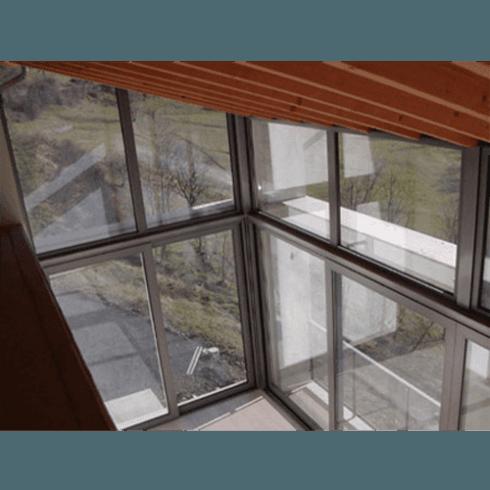 vetrata continua in alluminio