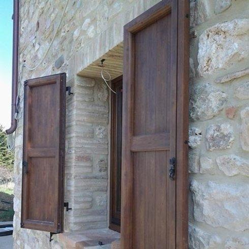 persiane in legno massello