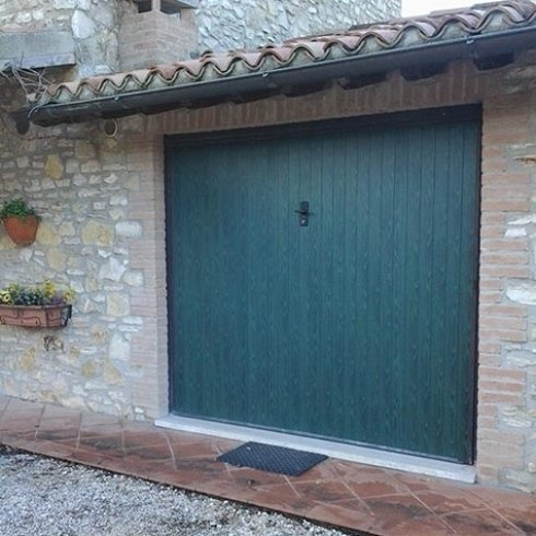Portoni garage a doghe - in legno