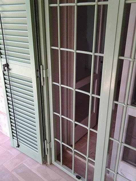 Serramento finestra pianoterra