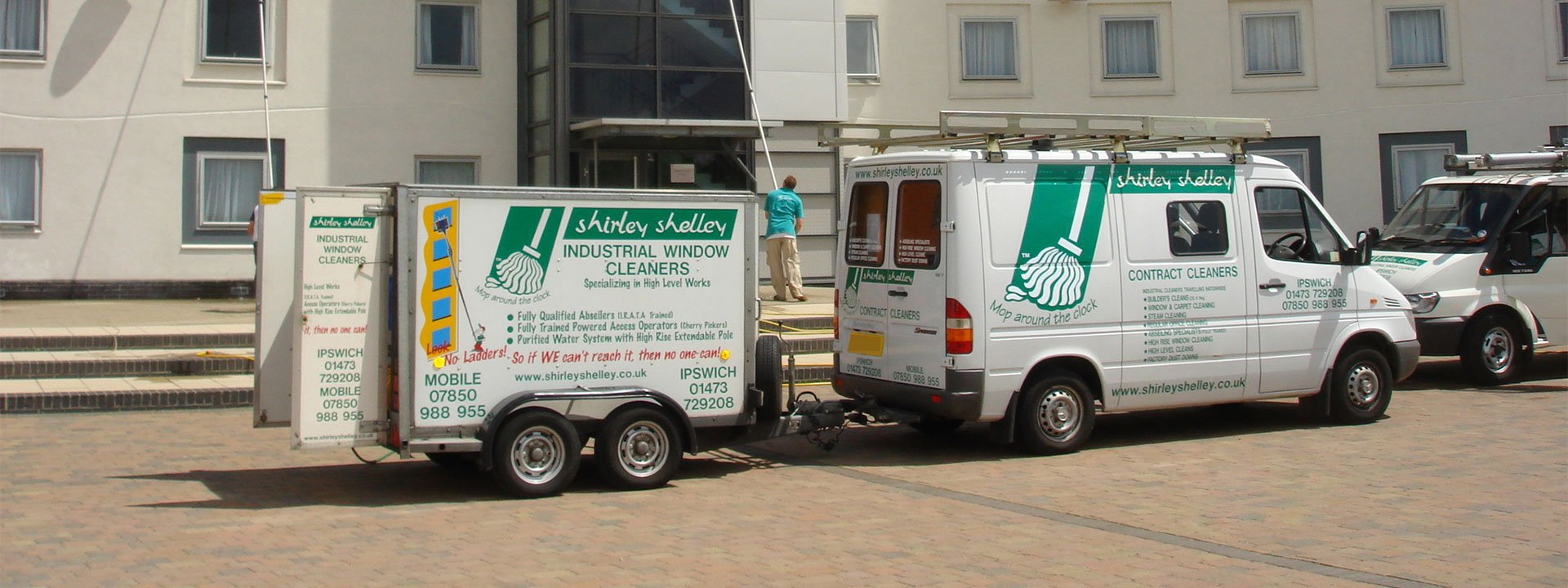 wash and reach window cleaning