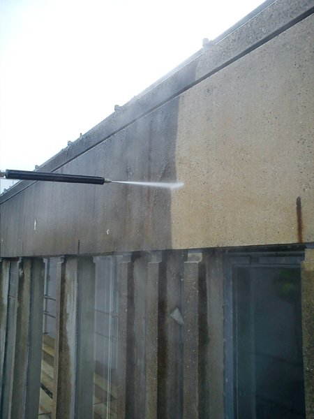 Pressure washing/cleaning