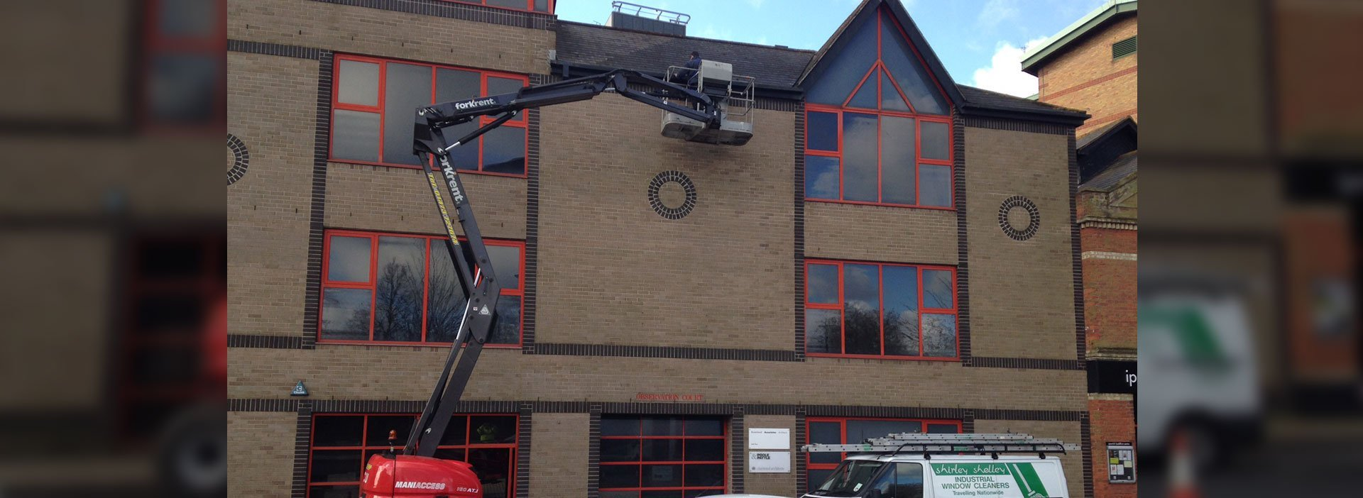 Cherry picker cleaning