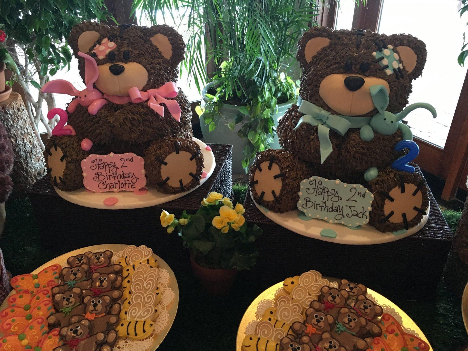 Shaped Cakes